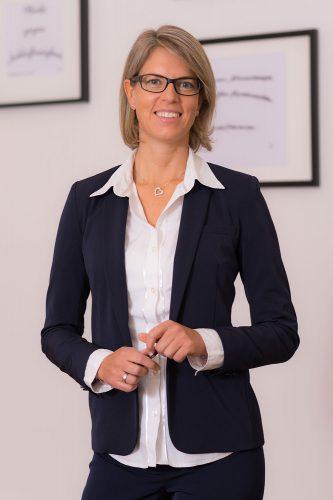 Rechtsanwalt-Dr-Michaela-Jahn-Portrait02
